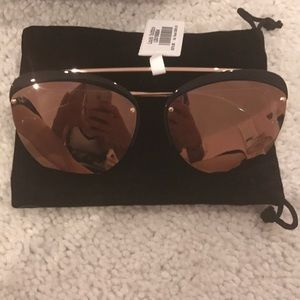 Nwt Louis Vuitton bumble bee sunglasses pink lens